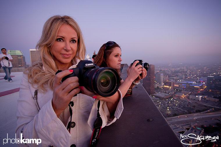 photokamp-nick-saglimbeni-2012-rooftop-skyscraper-shooting-tracey-kyla